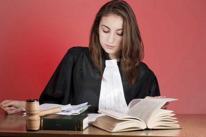 pourquoi faire etre juriste
